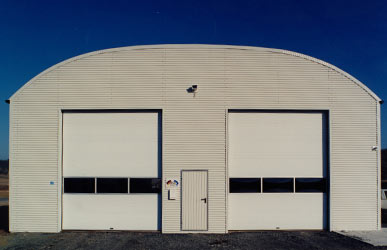 Tore und Türen für Bogenhalle